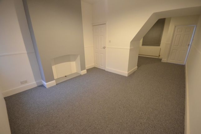 3 bed terraced house to rent in Alfred Street, Grimsby DN31