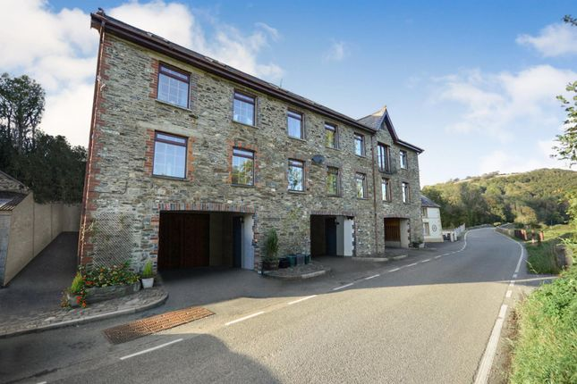 Thumbnail Town house for sale in Llandysul