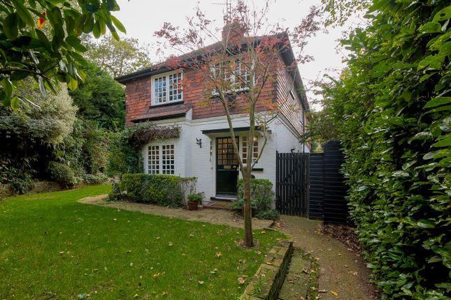 Thumbnail Detached house to rent in Sheen Gate Gardens, London