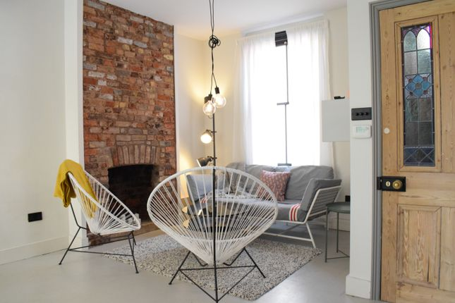 Thumbnail Semi-detached house to rent in Canrobert Street, Bethnal Green, London