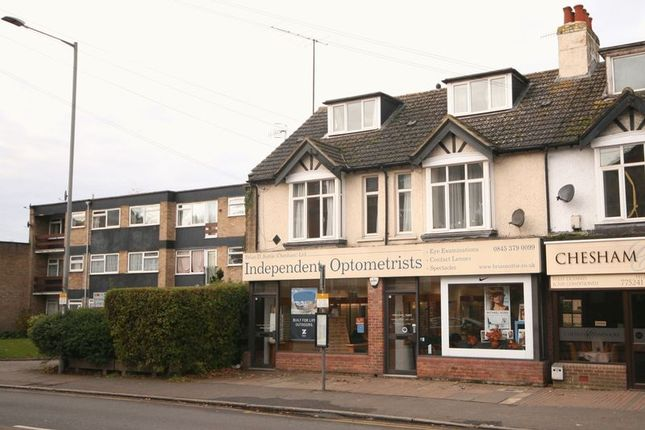 2 bed flat to rent in Broad Street, Chesham HP5