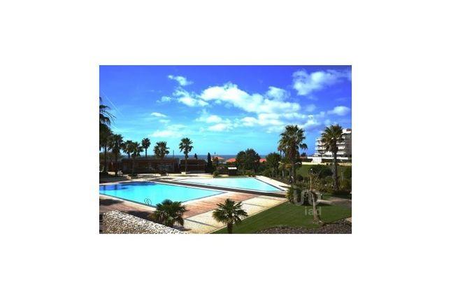 Thumbnail Apartment for sale in Carcavelos E Parede, Cascais, Lisboa