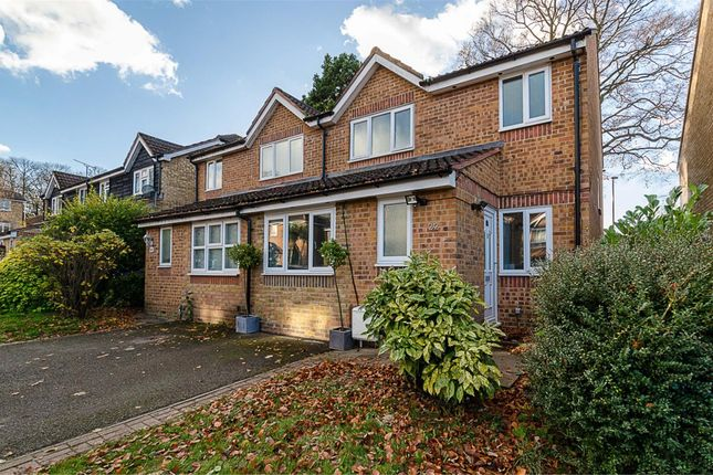 Dunnymans Road Banstead Surrey Sm7 3 Bedroom Semi Detached House For Sale 45718514
