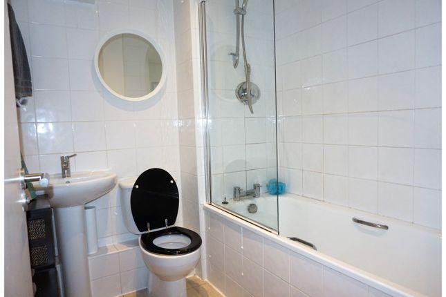 Bathroom of 2 Stowell Street, Liverpool L7
