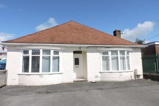 Thumbnail Bungalow to rent in Alexandra Road, Gorseinon, Swansea
