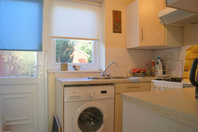 Kitchen of Grove Street, New Balderton, Newark NG24