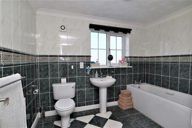 Family Bathroom of Fiskerton Road, Reepham, Lincoln LN3