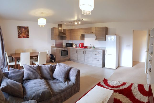 Thumbnail Flat to rent in Little Brights Road, Belvedere, Kent