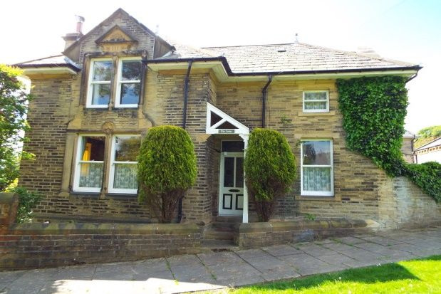 Thumbnail Property to rent in Manor Heath Road, Halifax