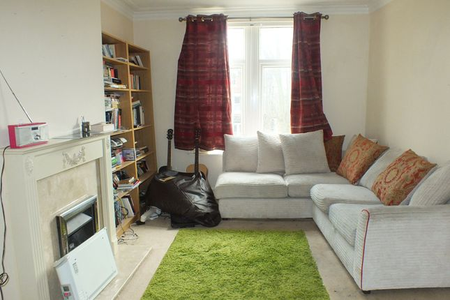 Thumbnail Flat to rent in Shaftesbury Avenue, Leeds, West Yorkshire