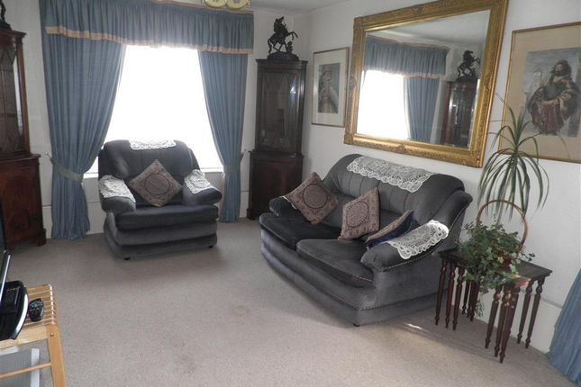 Thumbnail Flat to rent in Royal Court, Rounds Gardens, Rugby