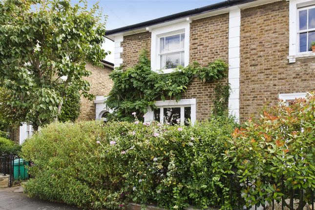 Thumbnail Terraced house for sale in Dunstable Road, Richmond, Surrey