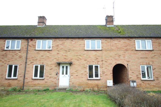 3 bed property for sale in Church Lane, Toddington, Cheltenham
