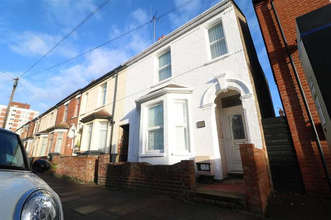 Thumbnail Property to rent in Aspley Road, Bedford