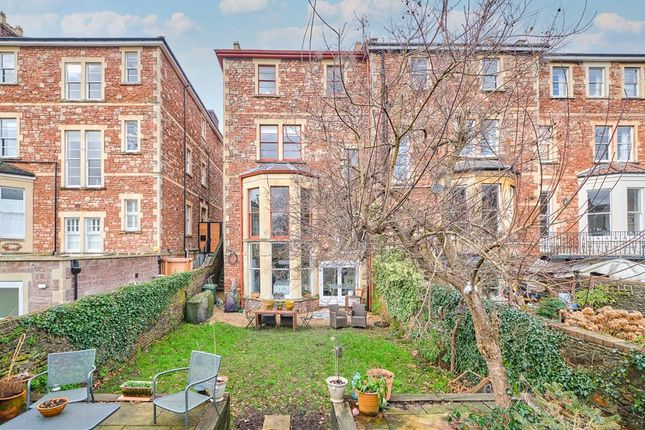 Thumbnail Semi-detached house for sale in Apsley Road, Clifton