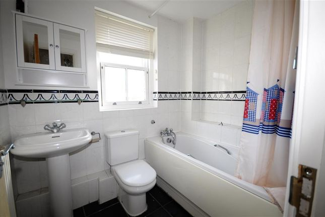 Bathroom of Falcon Close, Herne Common, Herne Bay, Kent CT6