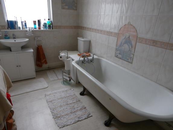 Bathroom of Crompton Street, Derby, Derbyshire DE1
