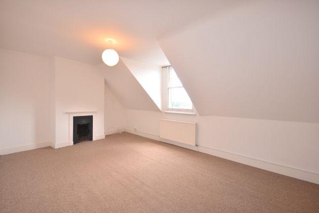 2 bed maisonette to rent in Station Crescent, London SE3