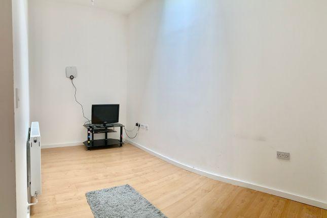 Thumbnail Flat to rent in Spring Place, Kentish Town