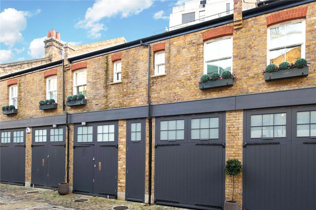 Thumbnail Terraced house to rent in Colonnade, Bloomsbury