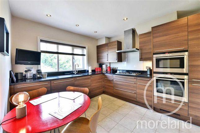 Thumbnail Flat for sale in Sandringham Road, Golders Green