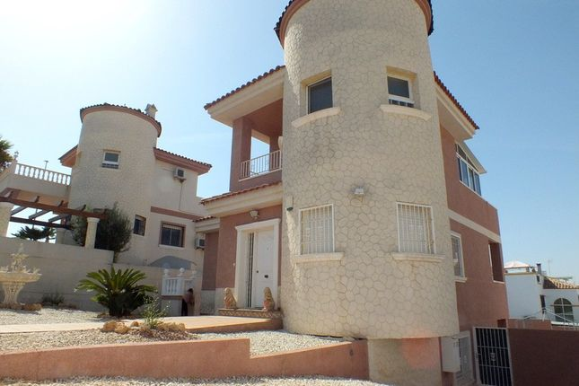 3 bed villa for sale in La Marina, Alicante, Spain