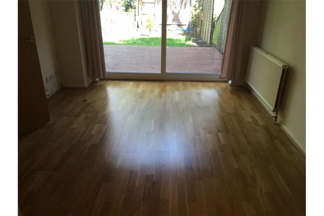 4 bed town house to rent in Wickliffe Avenue, Barnet