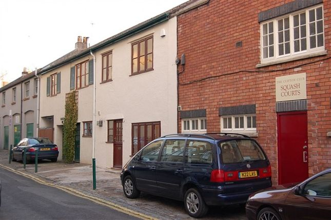 Thumbnail Town house to rent in Waterloo Street, Clifton, Bristol