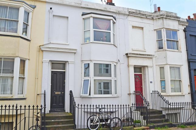 Thumbnail Flat to rent in College Street, Brighton