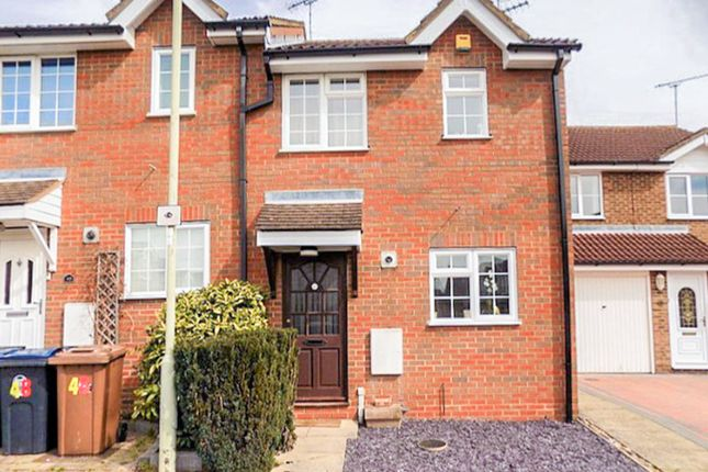 2 bed end terrace house to rent in Foxes Close, Hertford SG13