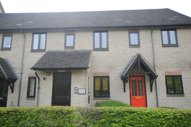 Thumbnail Flat to rent in Lakeside, Witney, Oxon