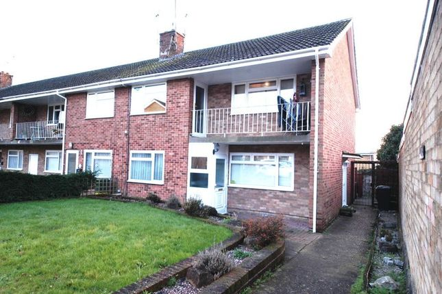 Thumbnail Flat to rent in Goldthorne Close, Maidstone