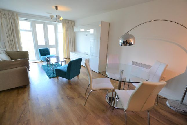 Thumbnail Flat to rent in Park Lodge Avenue, West Drayton