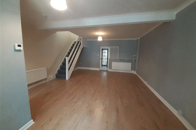 3 bed end terrace house to rent in Lancaster Street, Blaenau, Abertyleri, Lancaster Street NP13