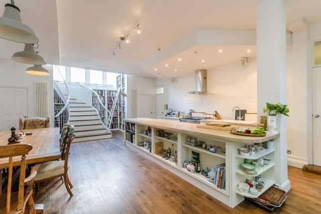 Thumbnail Terraced house for sale in Virginia Road, Shoreditch