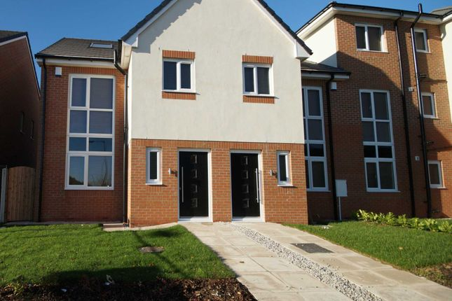 Thumbnail Mews house to rent in Church Street, Westhoughton, Bolton