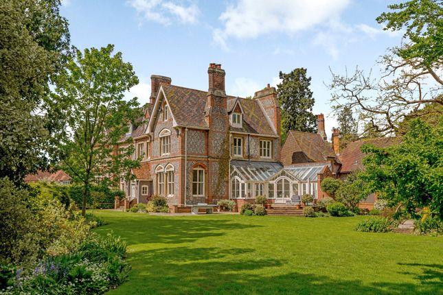 6 bedroom semi-detached house for sale in Tile Barn, Woolton Hill, Newbury, Berkshire