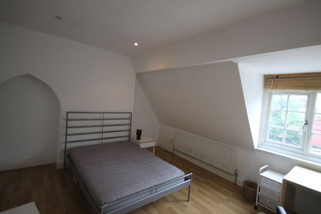 Thumbnail Flat to rent in Narborough Road, West End, Leicester