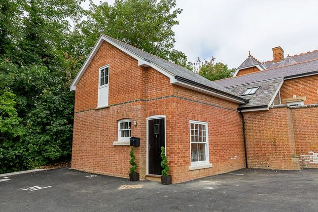 Thumbnail Property for sale in Moreton Road, Buckingham