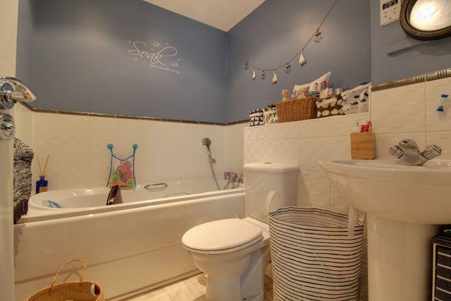 Bathroom of Silver Birch Way, Whiteley, Fareham PO15
