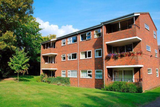 Thumbnail Flat to rent in Sherland Court, The Dell, Radlett