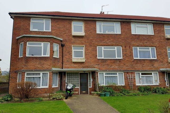 Thumbnail Flat to rent in Willingdon Road, Eastbourne