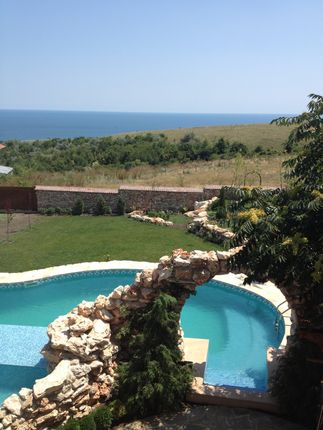Thumbnail Hotel/guest house for sale in Thracian Cliffs Topola, Thracian Cliffs, Bulgaria