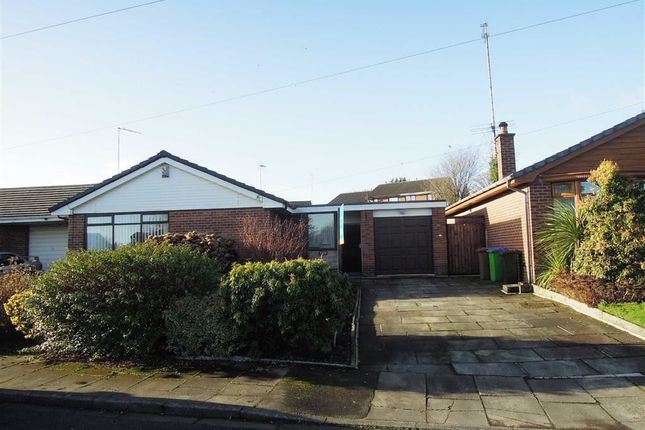 3 bed bungalow for sale in Oakleigh Close, Hopwood, Heywood
