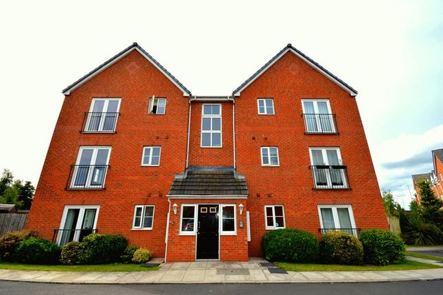 Thumbnail Flat to rent in Rivenmill Close, Widnes