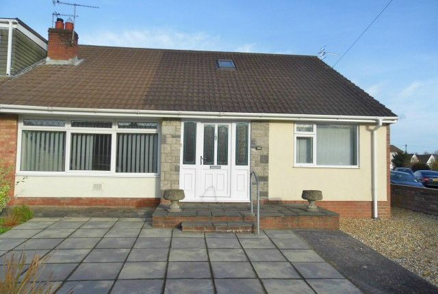 Thumbnail Bungalow to rent in Bryn Rhedyn, Pencoed