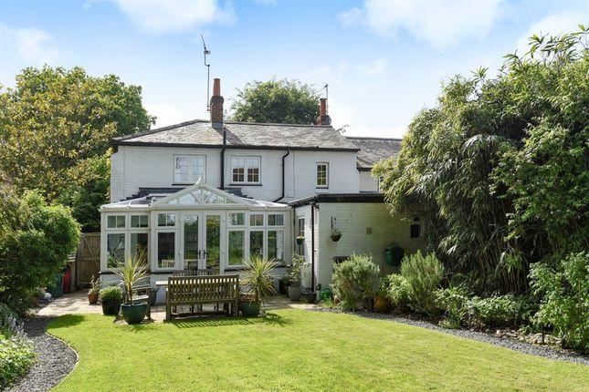 Thumbnail Property to rent in Lower Terrace, Bearwood Road, Sindlesham, Wokingham
