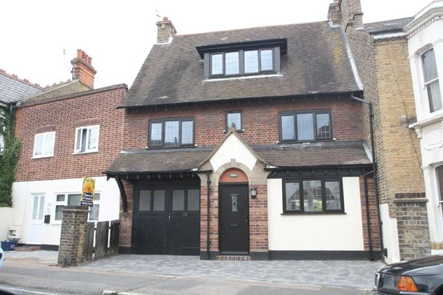 Thumbnail Detached house for sale in Avenue Road, Westcliff-On-Sea, Essex