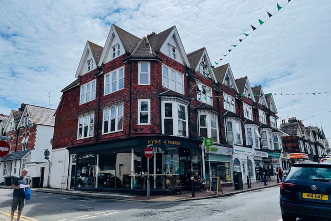 1 bed flat for sale in Grove Road, Eastbourne BN21