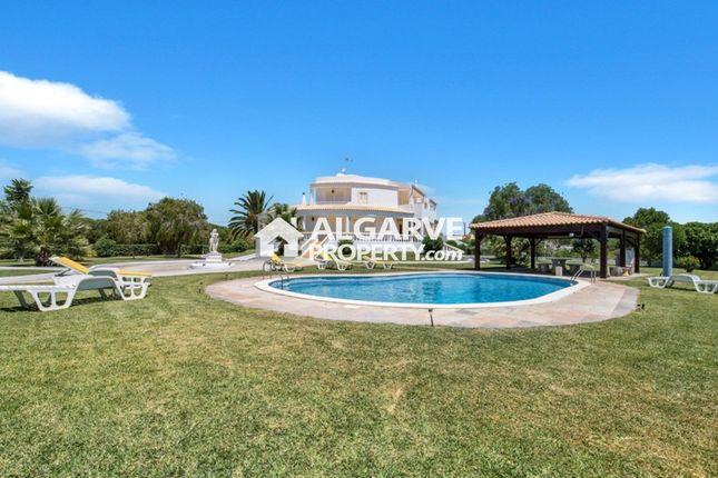 5 bed villa for sale in Semino, Quarteira, Loulé Algarve
